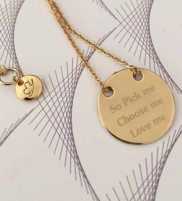 Collier-chaine-medaille-gravee-meredith-mylittlebijou - Copie